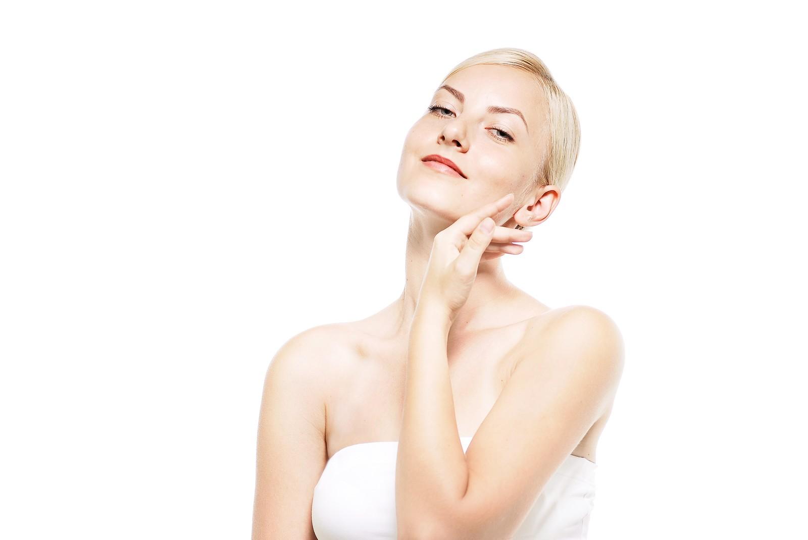 【美容】最高のスキンケアに必要なのは日焼け止めと保湿剤【顔周り】